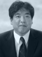 大前 学 政策・メディア研究科 教授 副会長